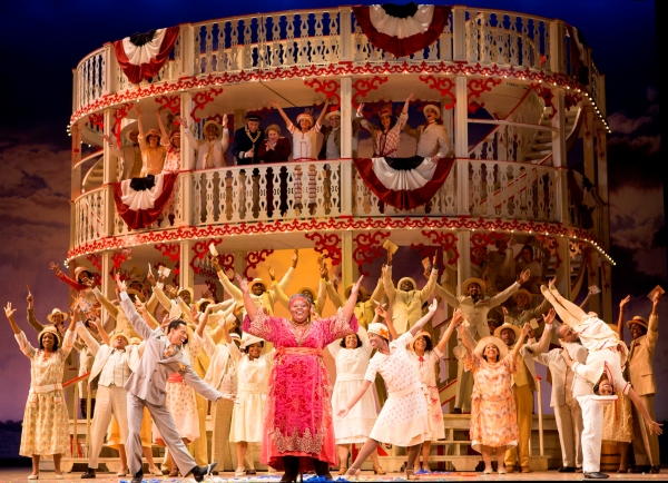 Angela Renee Simpson as Queenie and the company of Show Boat – Photo Credit: Scott Suchman